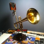 fathers day gift ideas trumpet iphone speakers 2011