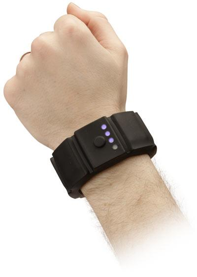 fathers day gift ideas universal bracelet charger 2011