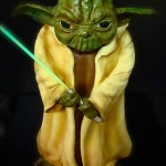 star-wars-cakes-yoda-lightsaber-cake