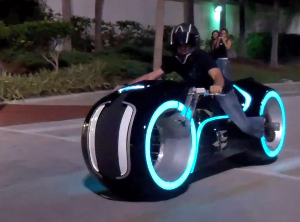 Tron Electric Lightcycle Mod