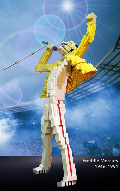 Lego Freddie Mercury 2