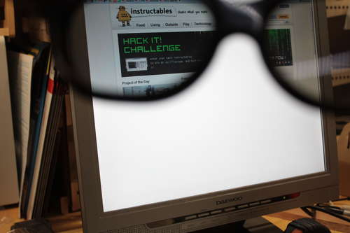 LCD privacy hack with 3D glasses