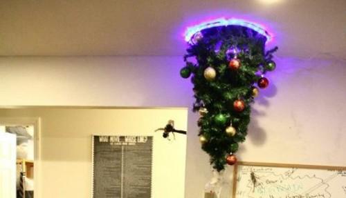 A Portal Christmas Tree Image
