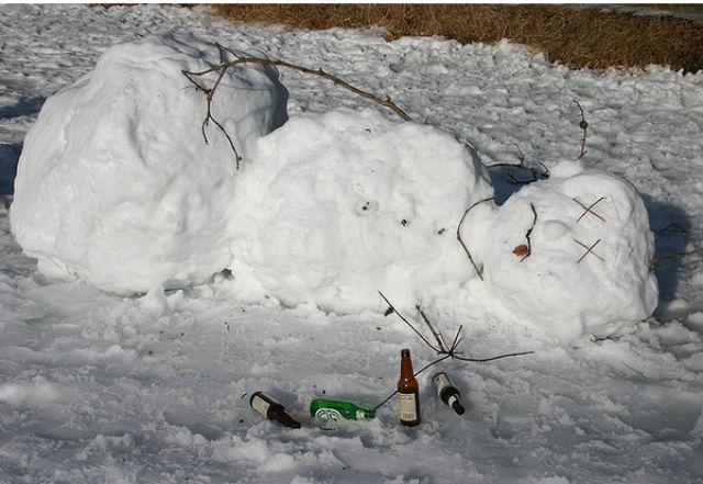 Drunk snowman 4
