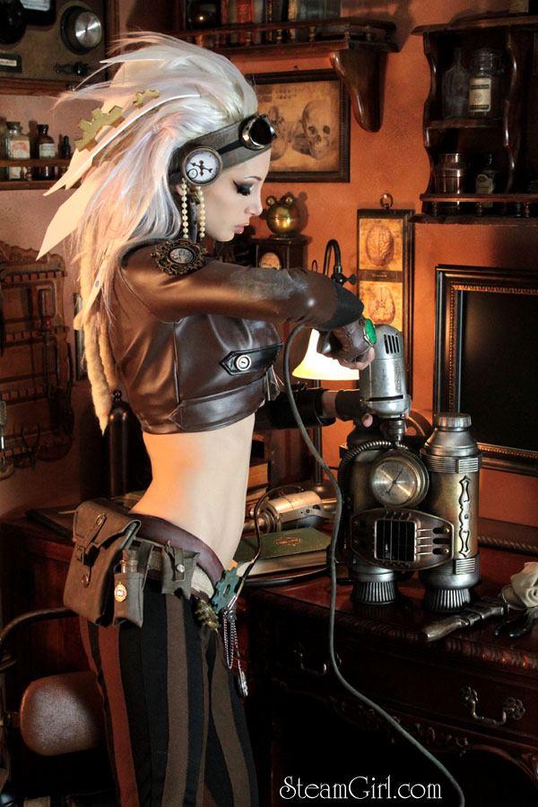 Steampunk-Female-mechanic