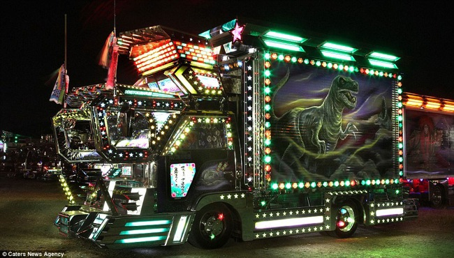 Light truck 2