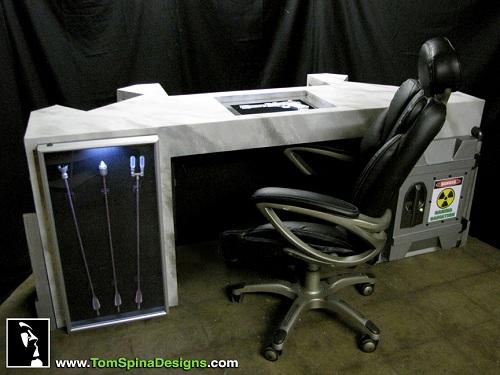 avengers desk