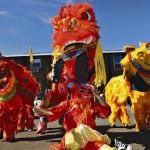 dragon dance chinese new year