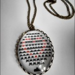 spaceinvaders-necklace