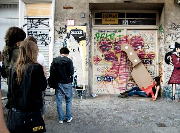giant-cardboard-knife-3