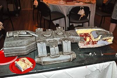 Battle-Star-Galactica-Cake