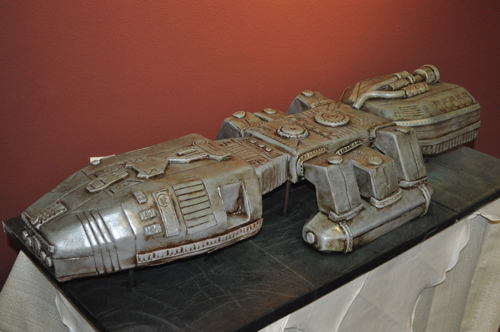 Battle-Star-Galactica-Cake