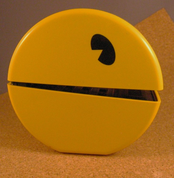 Pac-man-phone-3