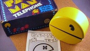 Pac-man-phone