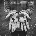 World-in-hands-tatoo