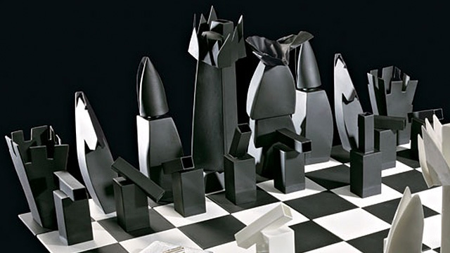 Architect Frank Gehry Designs New Chess Board For Tiffanyu0027s | Walyou