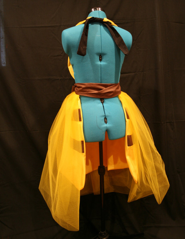 pikachu-dress-back