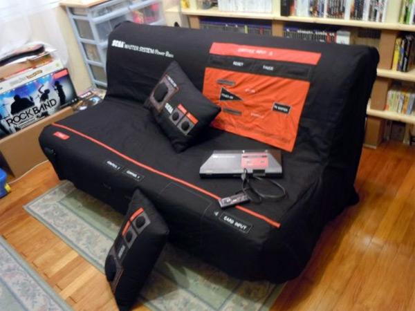 sega-master-system-sofa-0