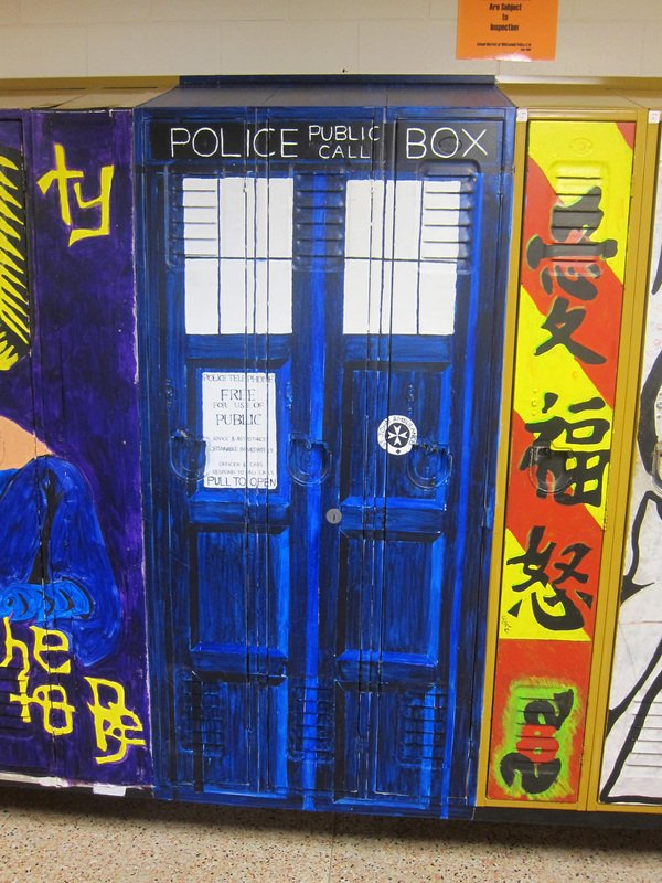 tardis-lockers