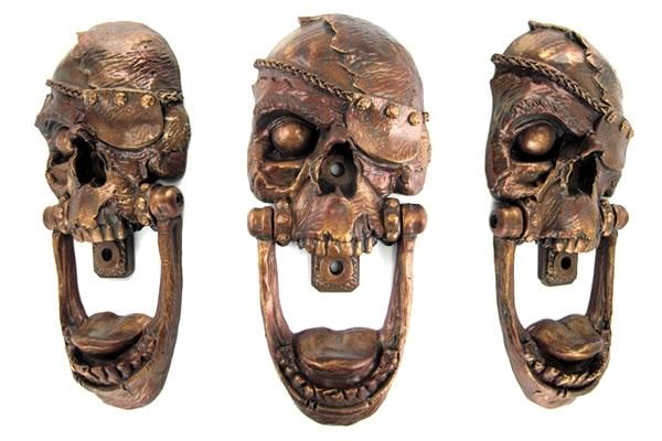 Pirate-Skull-Door-Knocker