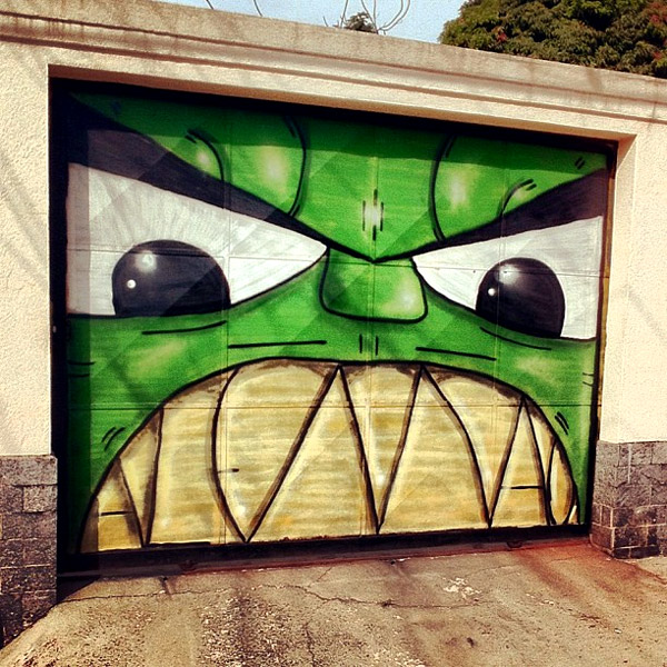 hulk-garage-door