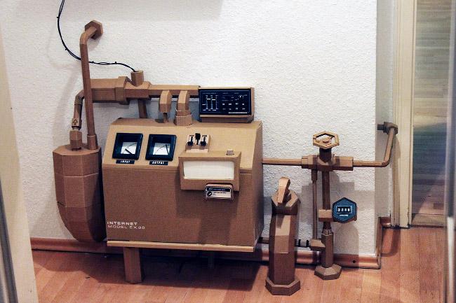 internet_machine_papercraft