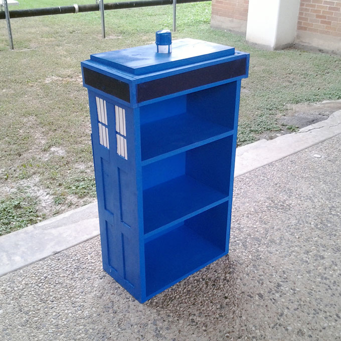 DIY TARDIS Bookcase