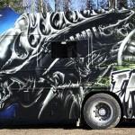 the-beast-aliens-bus-2