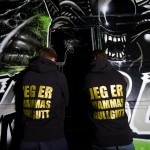 the-beast-aliens-bus-4
