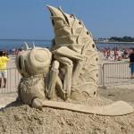 bee-revere-sand-sculpture-2
