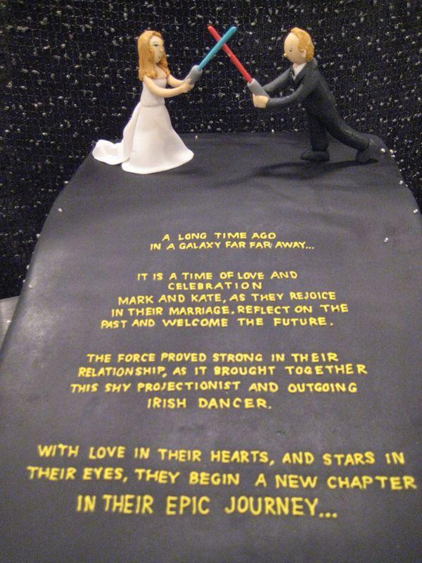Star Wars Wedding Cake Tells a Couple's Story