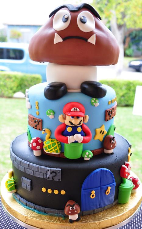 Super Mario Bros Cake 1