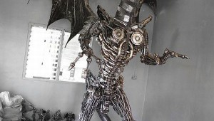 giant-steampunk-dragon-sculpture-1