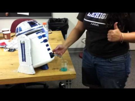 r2d2-drink-dispenser