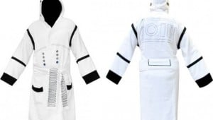 Stormtrooper-Star-Wars-Hooded-Bath-Robe-1
