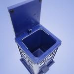 tardis-trashcan-3