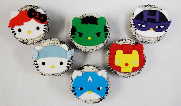 Hello Kitty Avengers Cupcakes (2)