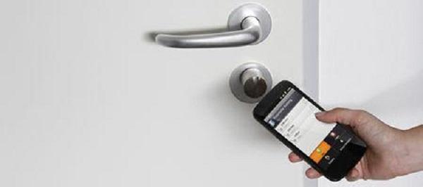 ShareKey System Employs a Smartphone App to Unlock Doors