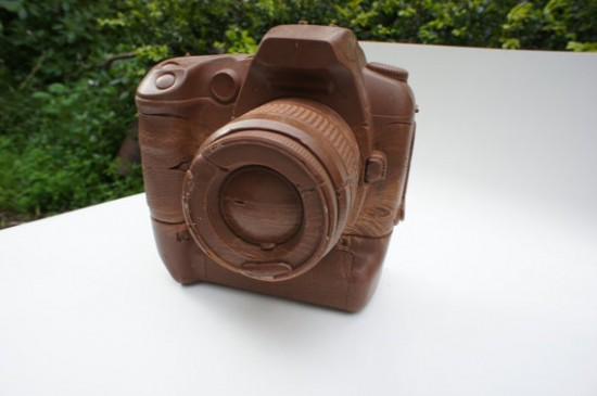 solid-chocolate-camera-1