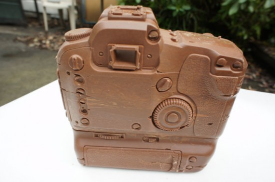 solid-chocolate-camera-2