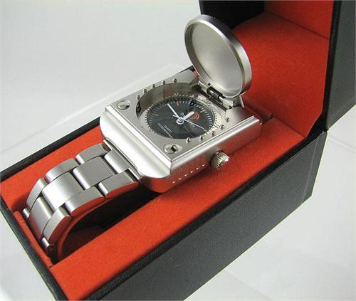 Dreamcast wristwatch image 2