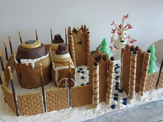 gingerbread-winterfell-1