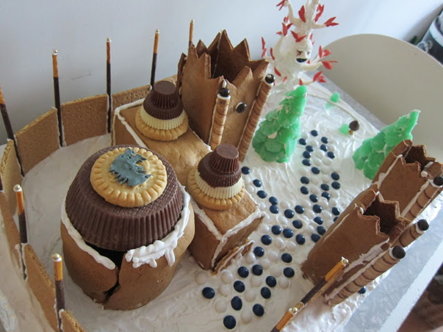 gingerbread-winterfell-5