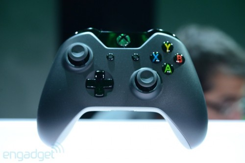 Xbox One controller by Engadget image 1