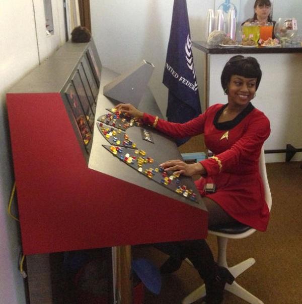 Diy Star Trek Bridge Control Based On Arduino And Raspberry Pi Walyou
