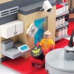 LEGO Breaking Bad Superlab Playset – Citizen Brick 2