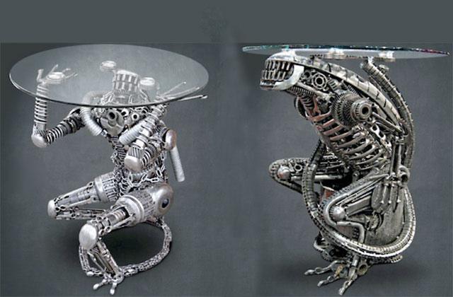 alien-coffee-table