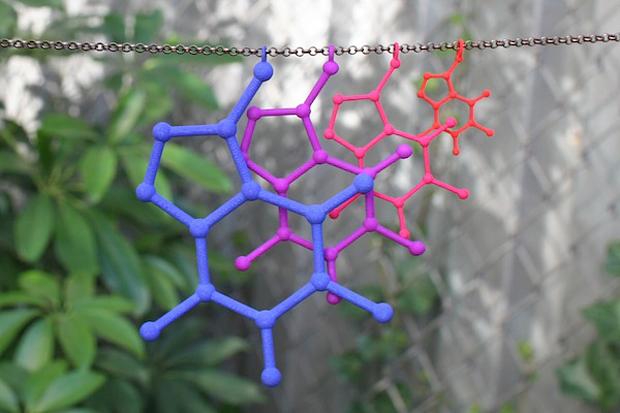 3d-printed-molecule-jewelry-2