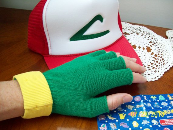 Ash Ketchum gloves and hat