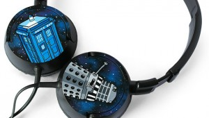 Doctor Who headphones by ketchupize